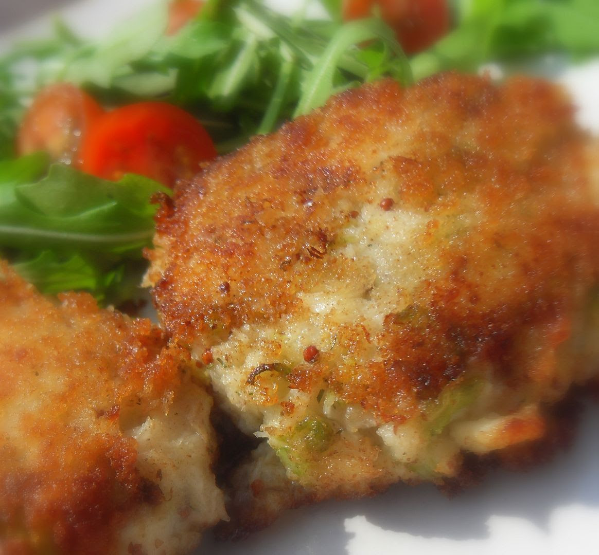 Salmon Fish Cakes M And S With Lemon Mayonnaise