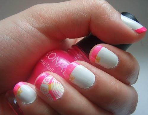new nail art ndeleler: Nail Art Konad Pink Swirl Design