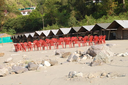 Book Online River Rafting & Camping Packages in Rishikesh to Avoid Rush and Waiting