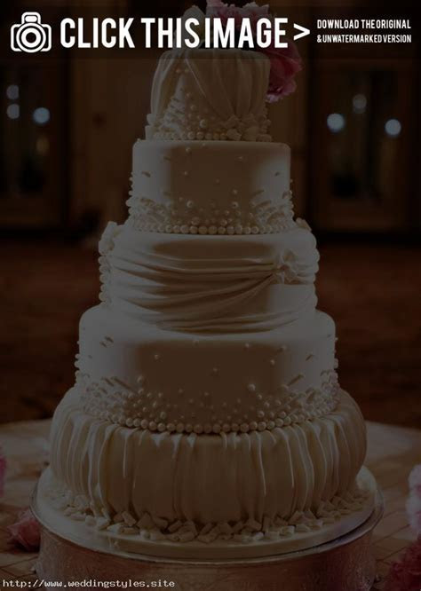 elegant wedding cake designs   Traditional Yet Classic