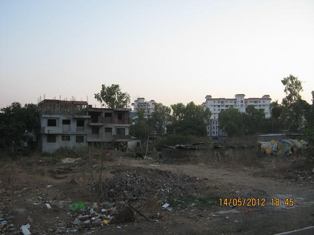 Open plot in front of Suyog Aura Warje - Visit Suyog Aura Warje Pune 411052