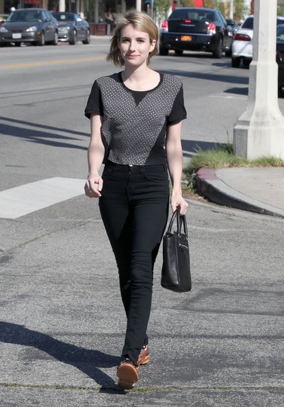 Emma Roberts - Emma Roberts Grabs Lunch in West Hollywood