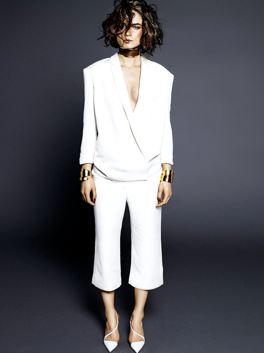 LE FASHION BLOG EDITORIAL VOGUE MEXICO STELLA MCCARTNEY WHITE CROSS FRONT SUIT JACKET WHITE CROPPED PANT SUIT Herve Van Der Straeten YELLOW GOLD WRAP CUFF BRACELETS PAIR BOTH GIVENCHY THICK WIDE CHOKER CUFF NECKLACE WRISTS Christian Louboutin WHITE CROSS STRAP PUMPS HEELS MINIMAL CLEAN CLASSIC SHORT BOB WAVES WAVY HAIR SIDE PART AUGUST 2013 BOLD EYEBROWS BEAUTY Photographer: Alique Model: Anna de Rijk Stylist: Marina Gallo Makeup: Mo Karadag Hair: Ilham Mestour 5 photo LEFASHIONBLOGEDITORIALVOGUEMEXICOWHITECROSSFRONTCROPPEDPANTSUIT5.png