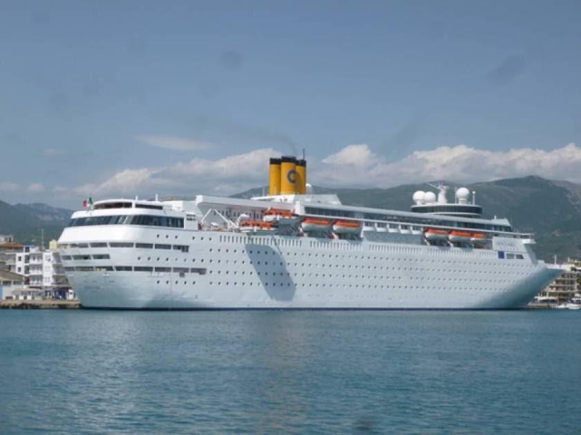 Ακυρώνονται οι αφίξεις του κρουαζιερόπλοιου Costa Νeoclassica για τους μήνες Δεκέμβριο 2016 έως Μάρτιο 2017, με κάθε έναν κατάπλου να μεταφέρει περίπου 1.600 άτομα (φωτό αρχείου)