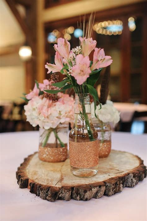 25  best ideas about Inexpensive wedding centerpieces on