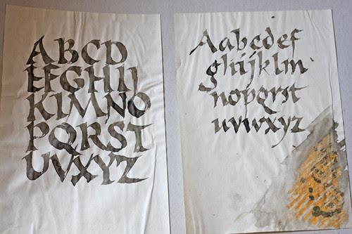 Calligraphy, roman font