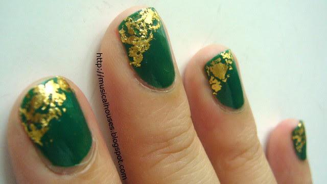 st patricks day nails gold leaf 2