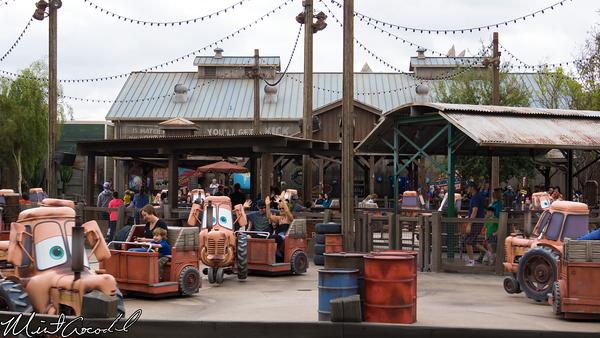 Disneyland Resort, Disney California Adventure, Cars Land, Mater, Junkyard, Jamboree