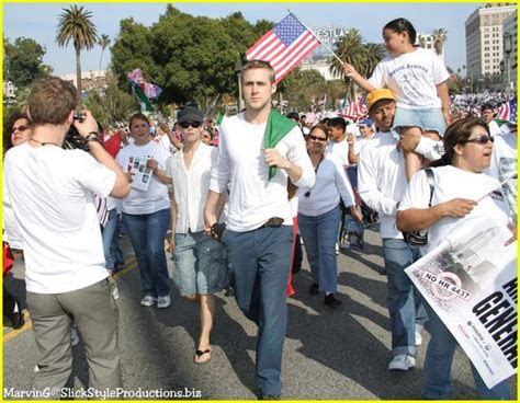 Ryan Gosling and Rachel McAdams Protesting: Photo 214381