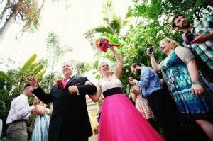 Botanical Gardens in Buffalo gets award for weddings