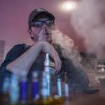 Svapata di nicotina e sigarette a confronto