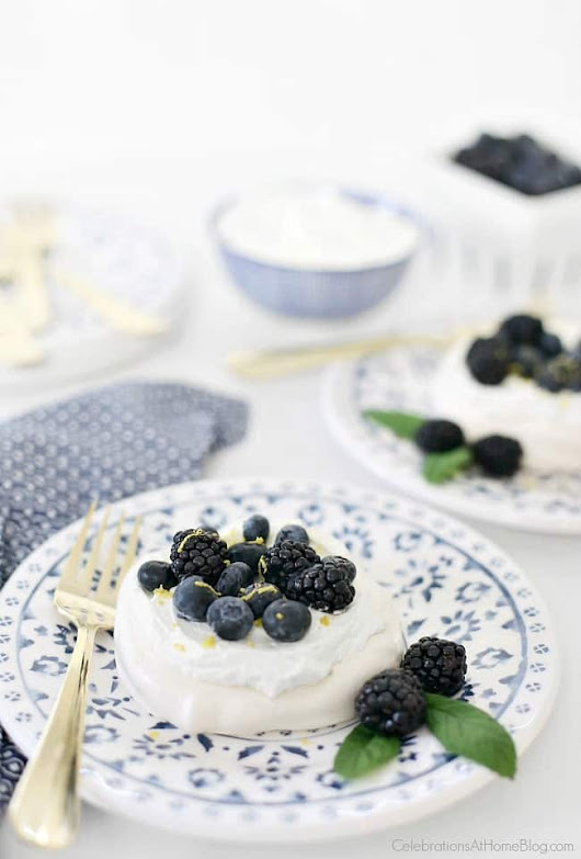 Mini Pavlova Blueberry desserts - Celebrations at Home