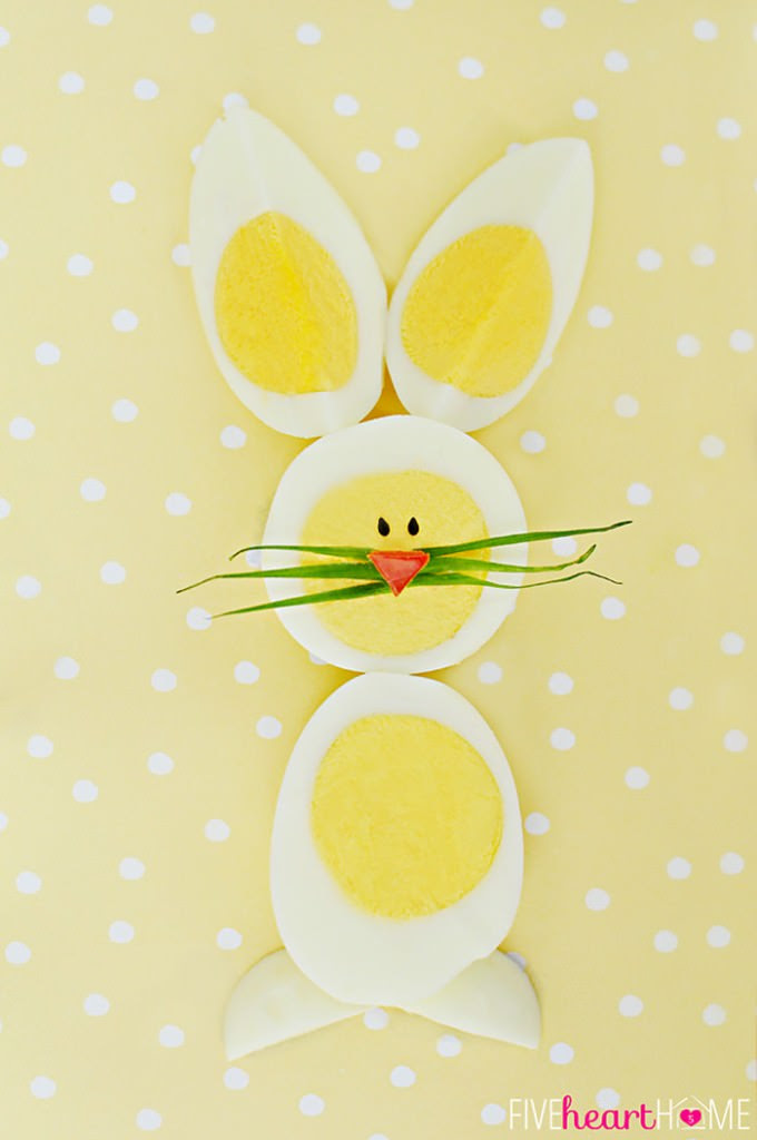 Hard-Boiled-Egg-Chicks-and-Bunnies-Made-From-Dyed-Easter-Eggs_700pxBunny