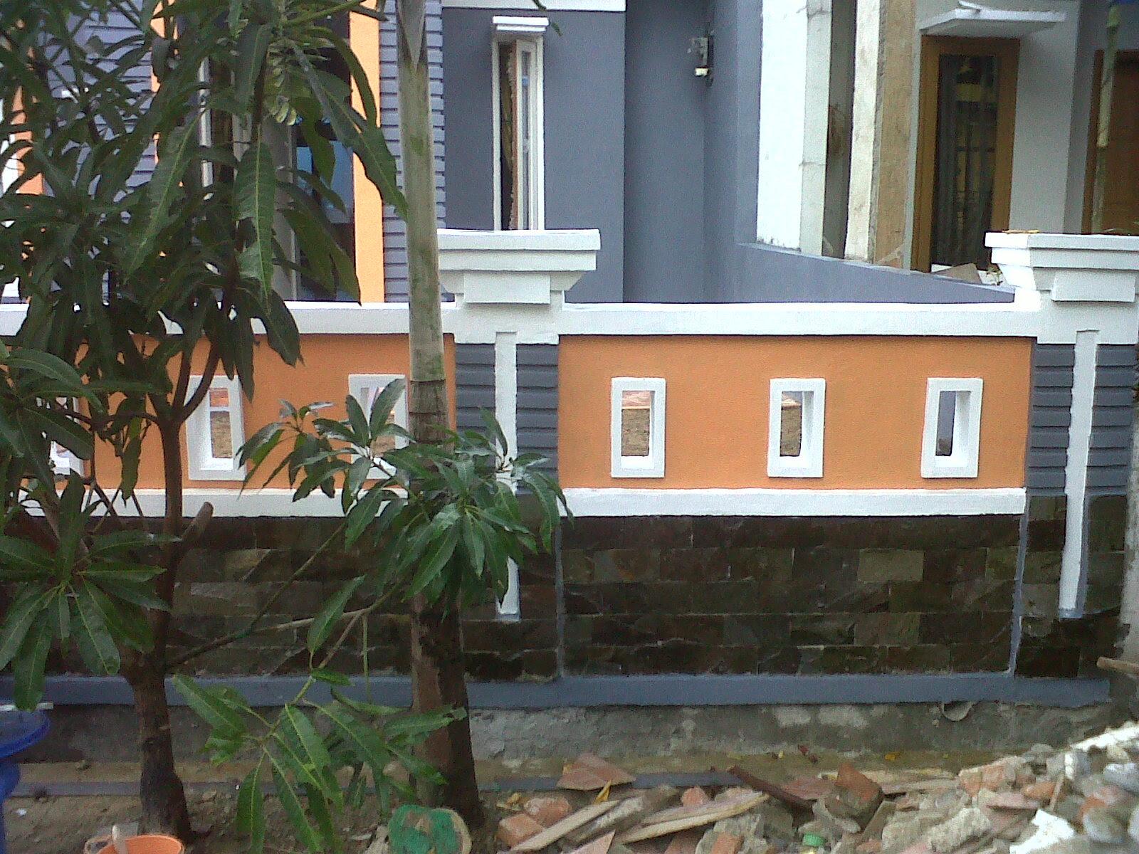 Pagar Rumah Minimalis Warna Putih Omah Jati