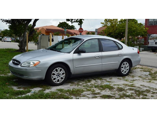 2003 Ford Taurus for Sale by Owner in Hialeah, FL 33018 - $1,800