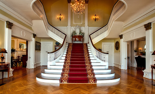 7 Staircase Design to Consider for Your Renovation - Tour Wizard