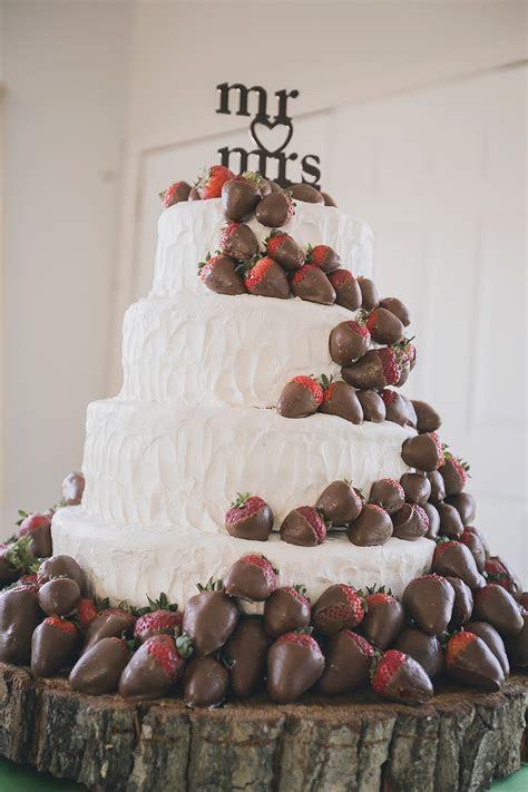 Bright DIY Fall WeddingTruly Engaging Wedding Blog