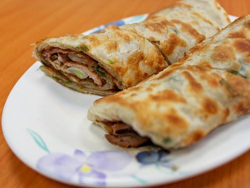 Beef pancake rolls