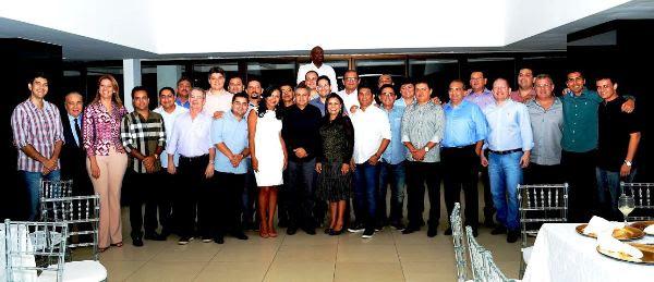Com Braide e Edivaldo, todos os 30 deputados que se reuniram com Coutinho
