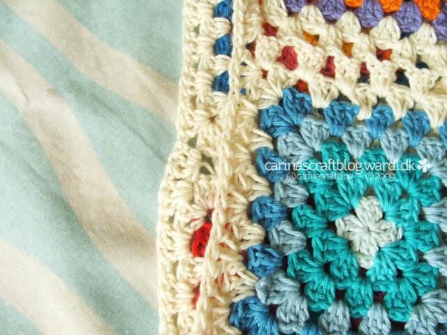 Crochet tutorial: joining granny squares edge
