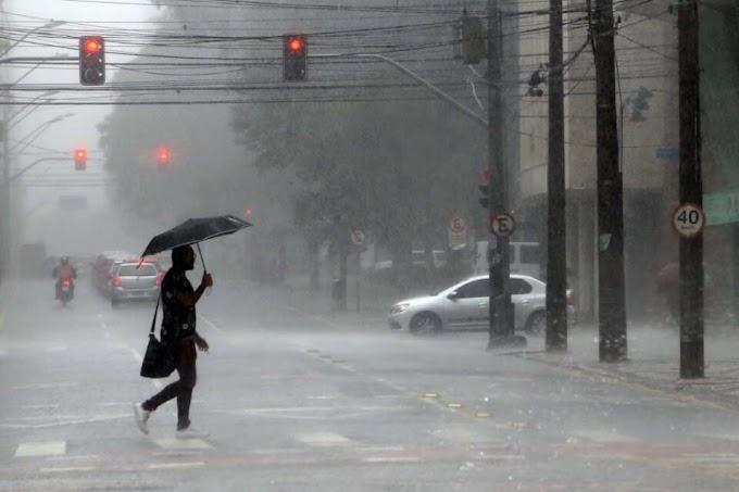 Com sequência de chuvas, rodízio de água pode ser aliviado no final de novembro em Curitiba e RMC