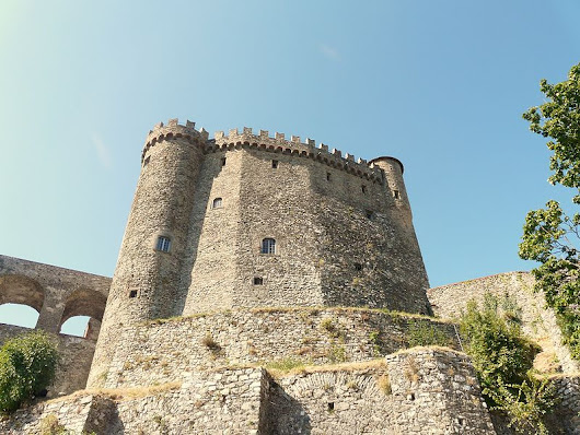 Castle touring: ghosts and legends from Tuscany | Around Tuscany