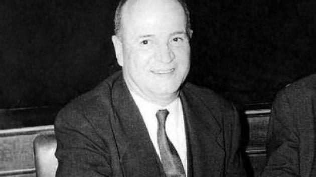 Οταν ακούστηκε για πρώτη φορά το «Χάιλ Χίτλερ» στη Βουλή το 1963