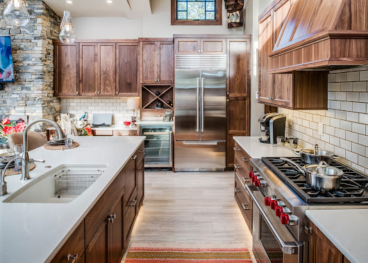 SMALL KITCHEN DESIGNS & HOW TO MAKE THE MOST OF YOURS
