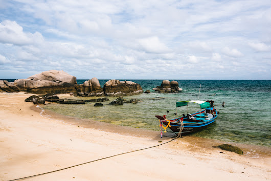Sai Nuan Beach: A Lazy Day on Koh Tao | FRUGAL FROLICKER