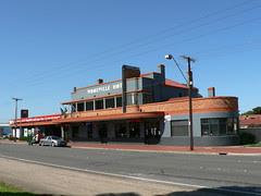 Woodville Hotel, Adelaide