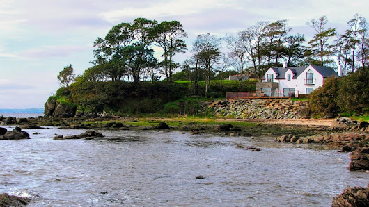 The Shorefront Redcastle • Donegal Holiday Accommodation