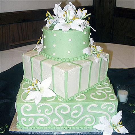 square and round wedding cakes   A Wedding Cake Blog