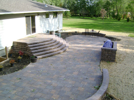 Paver Patio with Large Staircase and Grilling Station | Oasis Landscapes | West Fargo | Fargo | Moorhead