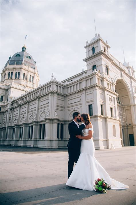 Clare   Ric   Modern Chic Melbourne Wedding   RC Real Bride