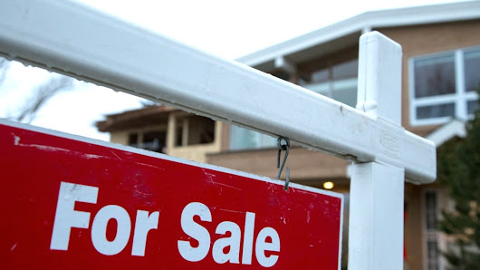 Calgary house prices to 'remain unchanged' in 2017 while condos fall 2%, CREB forecasts