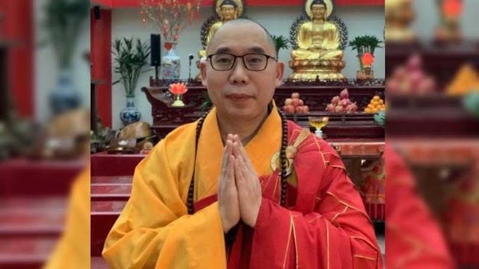 Ketua Ormas Buddhis AS Dapat Penghargaan Lintas Agama oleh - ajaranbuddha.xyz