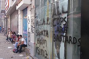 Occupy Gezi protestors resting Saturday morning