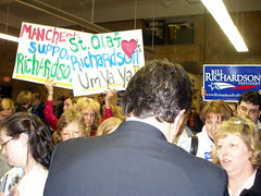 BILL RICHARDSON in Manchester the night before the NH Primary