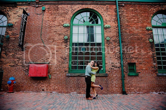 TORONTO ENGAGEMENT SESSION | DISTILLERY DISTRICT | SUGAR BEACH | Amgfotography