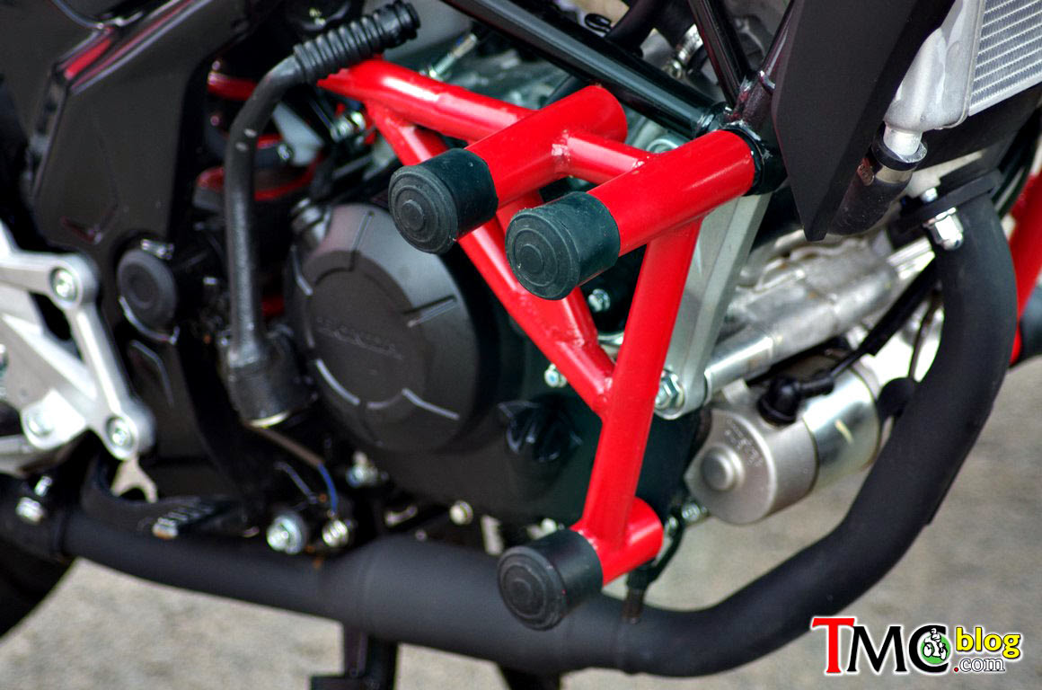 Desain Crash Bar Honda CB150R StreetFire Ala Motor Kontes Safety