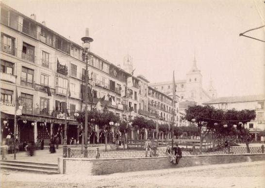 Verbena en Zocodover a finales del siglo XIX. Fotografía de Rafael Garzón