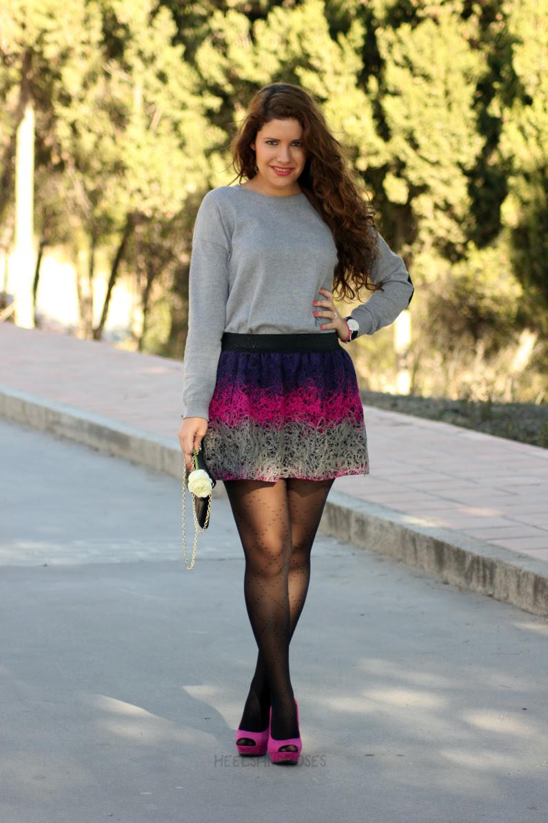 jersey-gris-con-falda-rosa-heelsandroses-(11)