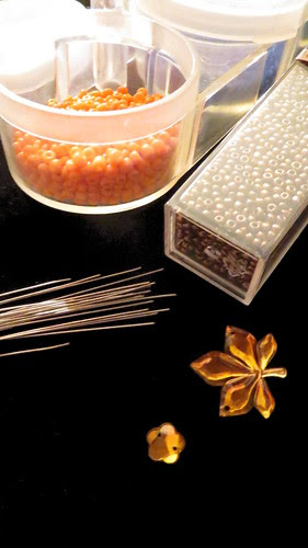 supplies _ the hair combs