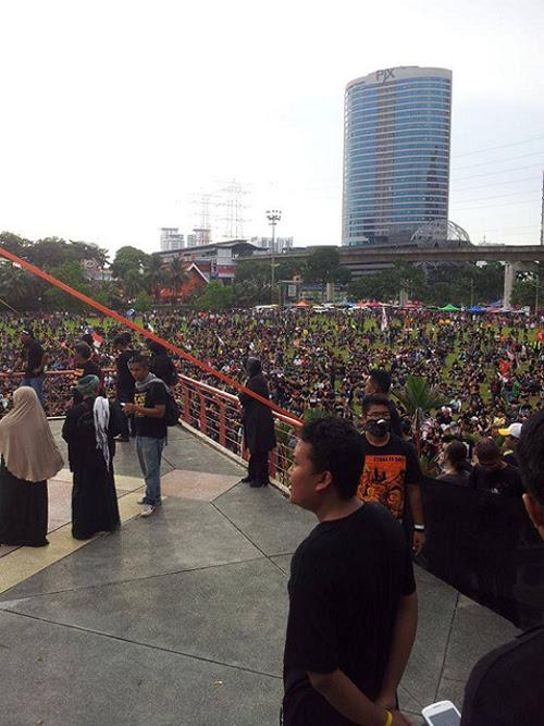 8835748270 bb82207ef7 o Gambar dan Video Perhimpunan Blackout 505 di Petaling Jaya 25 Mei 2013