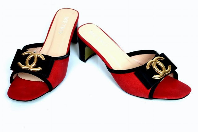 Girls-Womens-Beautiful-Casual-High-Shoes-Eid-Footwear-Collection-2013-by-Metro-Shoes-5