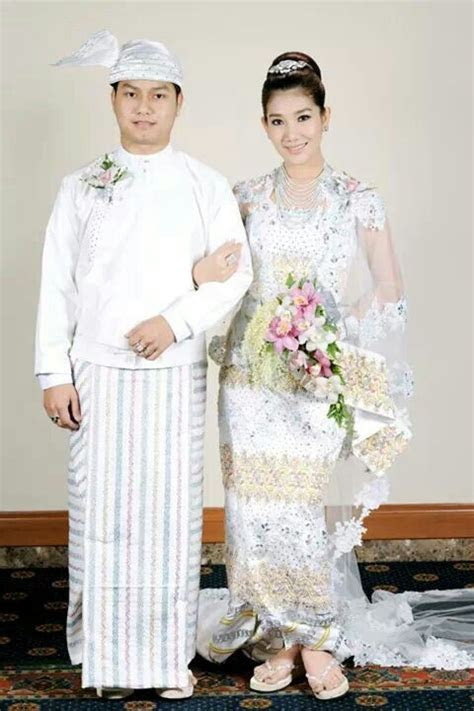 Myanmar traditional wedding   What I call Elegance in 2019