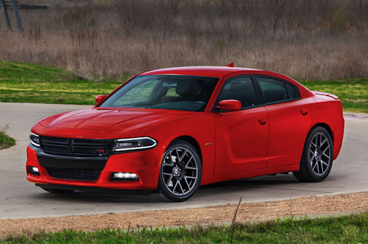 2015 Dodge Charger darts into NY traffic