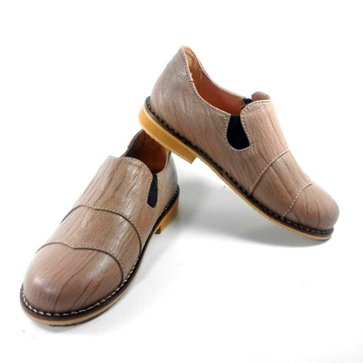 Kids Shoes Leather Wood Loafer by MewowShoes on Etsy