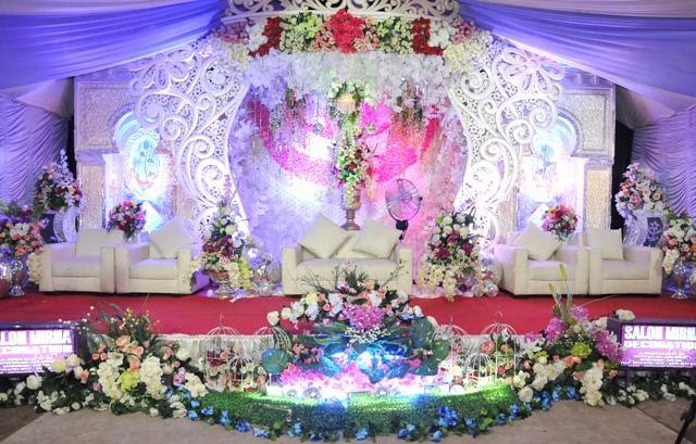 dekorasi pelaminan mewah