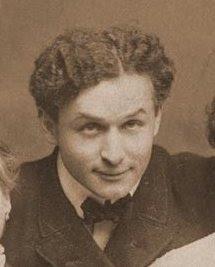 Ficheiro:Harry Houdini portrait.jpg